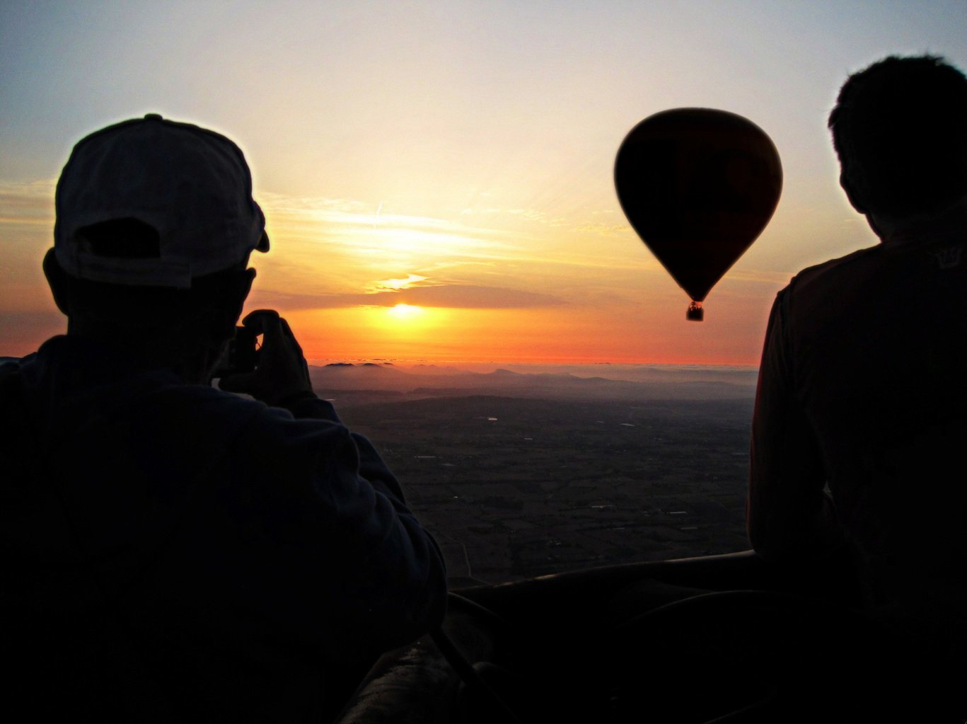 balloon ride sunrise